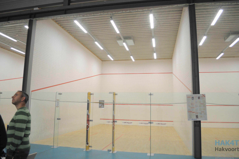 Dimbare verlichting in de Sporthal van de RUG Groningen